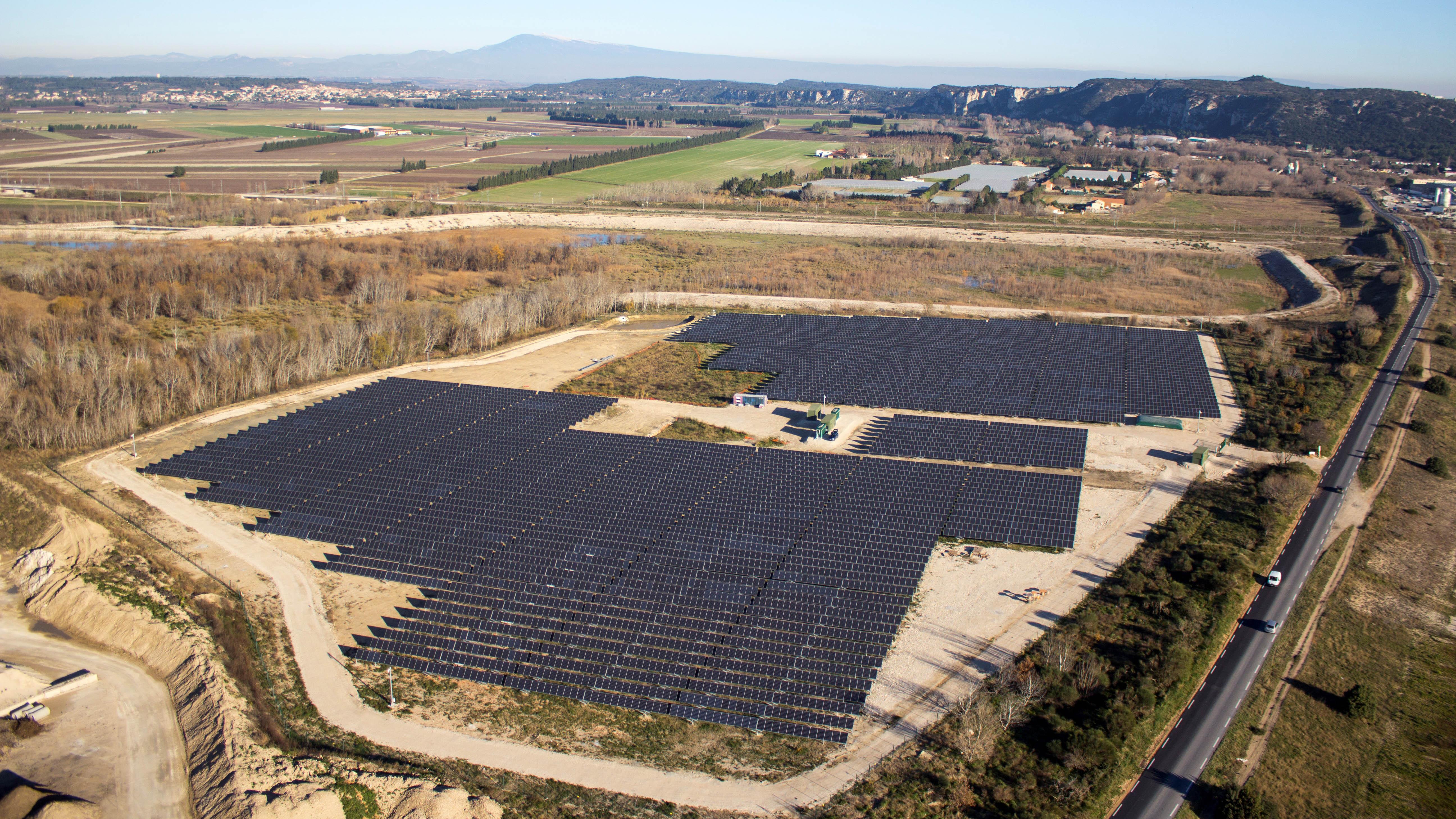 Grand Avignon : une centrale PV de 3,5 MW équipée de trackers sur une friche ferroviaire