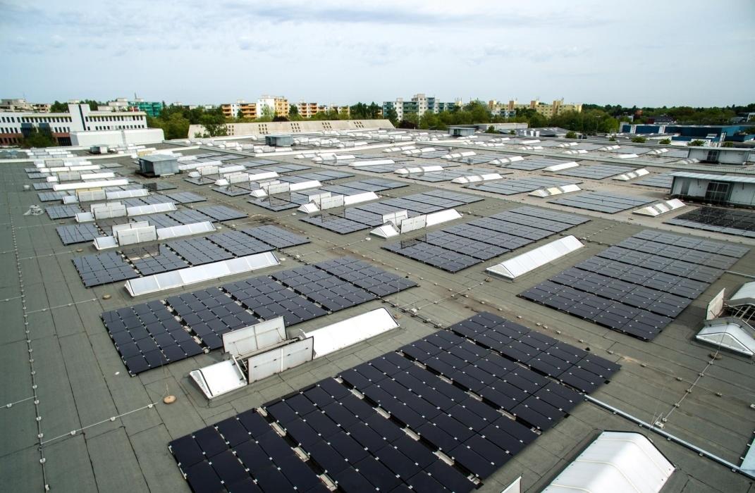 GE équipe une usine allemande d'une centrale photovoltaïque hybride