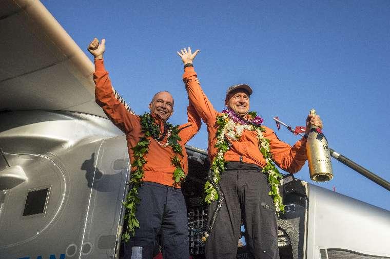 Solar Impulse a atterri à Honolulu