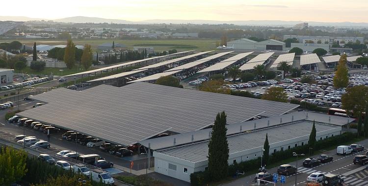 Montpellier: l'aéroport s'équipe de 4,5 MWc d'ombrières