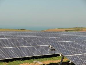 Centrale PV au sol de 5 MWc. développée par Global EcoPower à Veules-Les-Roses, près de Rouen