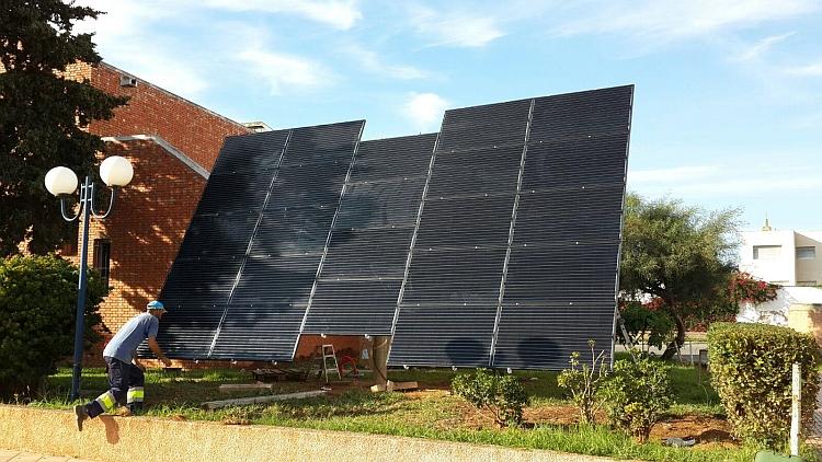 Quénéa installe 6,7 kWc sur tracker pour une école d'ingénieurs au Maroc