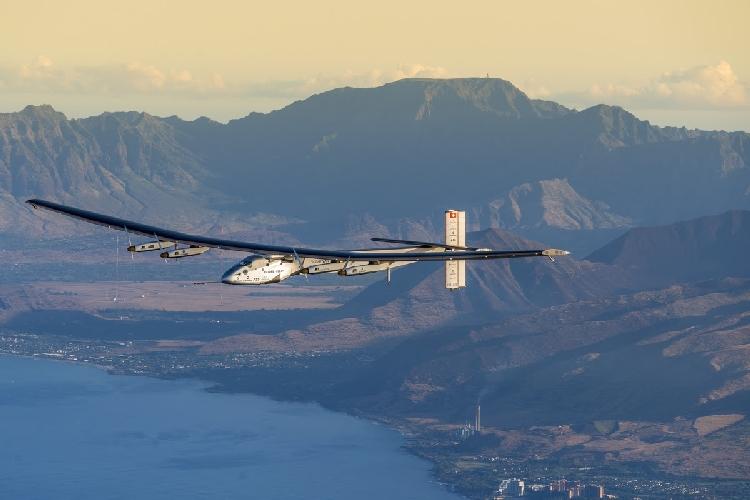 L'avion solaire Solar Impulse 2 prêt à poursuivre son tour du monde