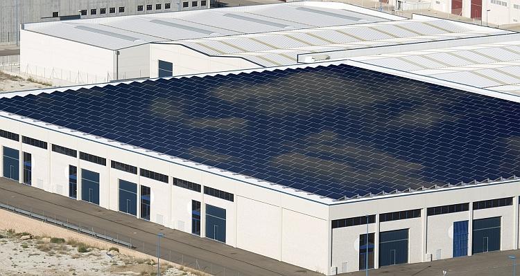 Un système de fixation PV pour toitures plates chez IRFTS