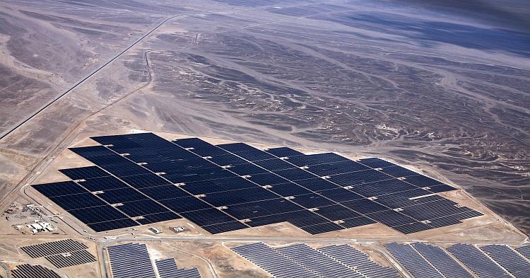 First Solar finalise une centrale solaire de 52 MW en Jordanie