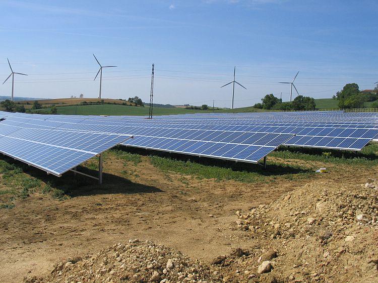 La Chine révise ses objectifs à la baisse dans le solaire, à 110 GW d'ici 2020
