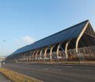 Une centrale photovoltaïque de plus de 1,8 MWc réalisée par montanSOLAR en toiture d'un bâtiment de stockage du charbon (210 m x 65 m x 35 m) à l'ancienne mine désaffectée de Lohberg en Rhénanie du Nord-Westphalie et finalise à la mi-décembre 2016 (Photo: Wirsol)