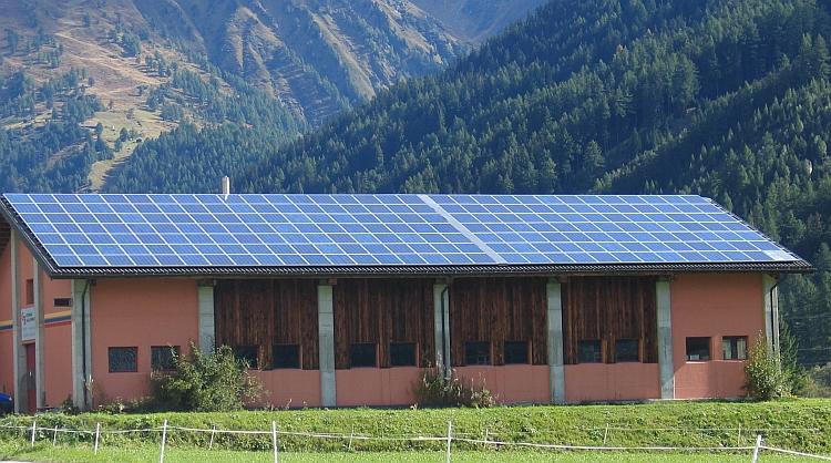 Autoconsommation PV: une prime à l'investissement de 800 euros/kW installé en projet!