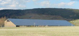 Cap Vert Energie se renforce dans les toitures PV agricoles