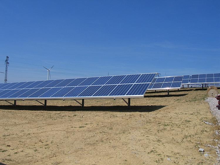 Le groupe Eiffel lance un fonds inédit dédié à la transition énergétique