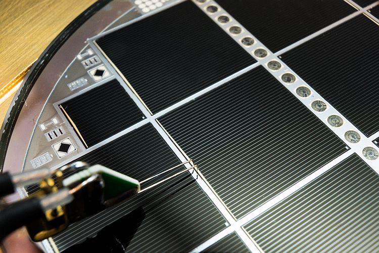 Rendement de conversion: 31,3% pour des cellules solaires à jonctions multiples