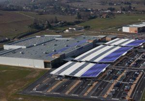 Le projet de loi énergie-climat instaure une obligation PV pour les supermarchés et entrepôts