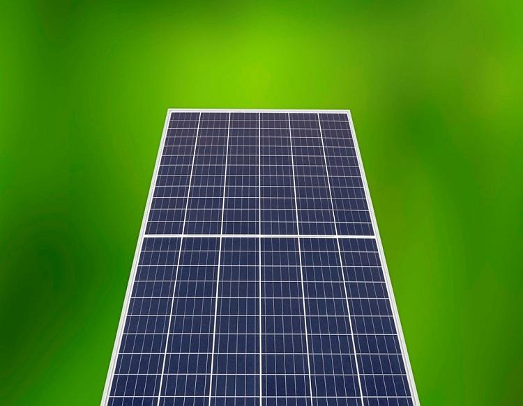 REC étoffe sa gamme de panneaux PV jusqu'à 350 Wc