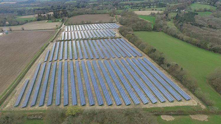 Le Royaume-Uni a connu un dernier rush d'installations PVen mars 2017