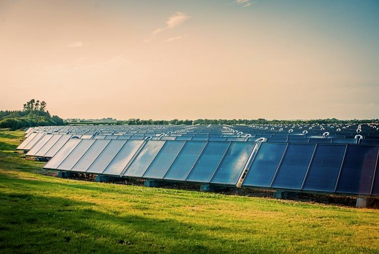 Chaleur solaire : NewHeat finance un premier projet de 3 MW