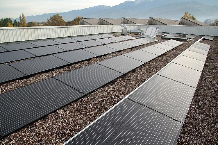 IRFTS: toiture PV en France, ombrières PV aux Pays-Bas