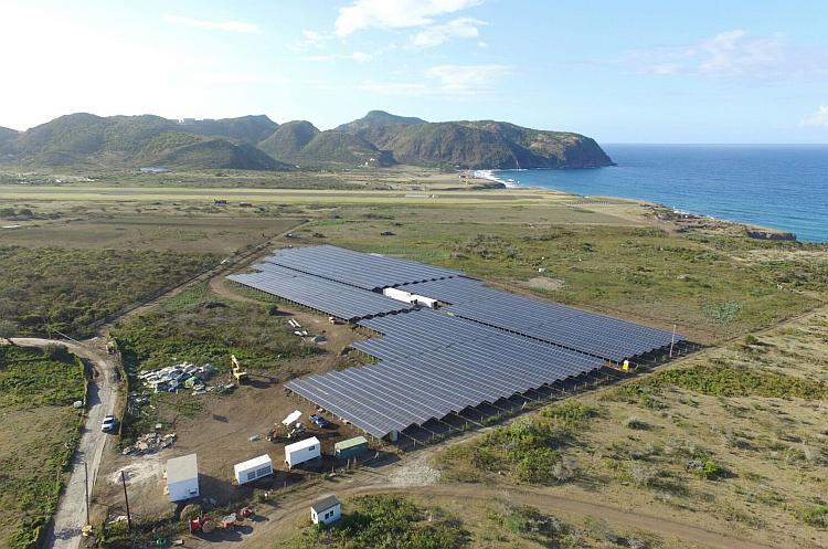 L'île de Saint-Eustache s'approvisionne désormais à 100 % en électricité solaire