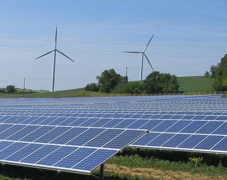 L'Allemagne lance son 2e appel d'offres combinant solaire et éolien