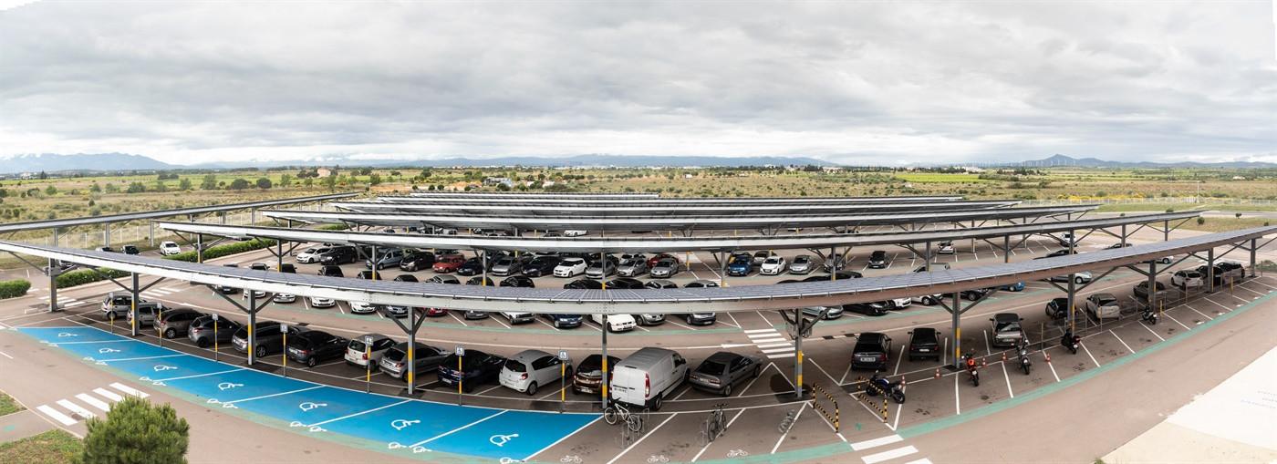 CÉMOI inaugure 1,15 MWc d'ombrières photovoltaïques à Perpignan