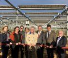 La centrale agrivoltaïque a été inaugurée en présence de nombreuses personnalités, dont Sébastien Cazenove, député des Pyrénées-Orientales.