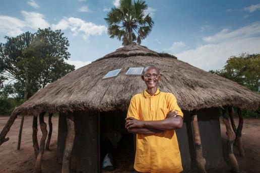 Fenixchange la vie des gens grâce à l'énergie solaire