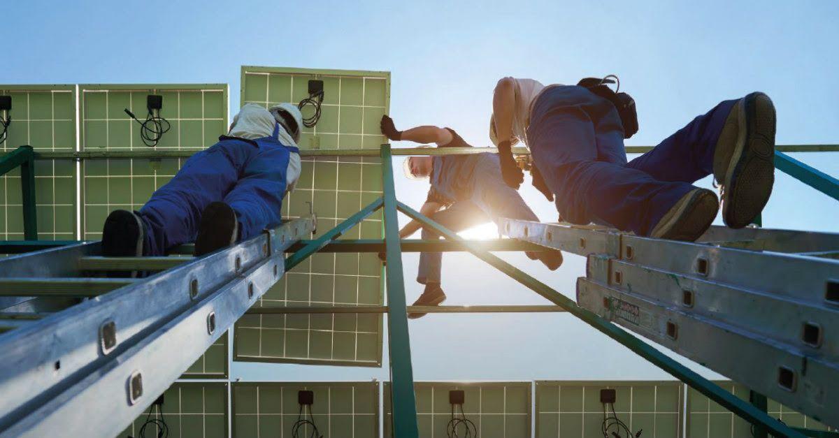 Le secteur du PV a représenté 3,4 millions d'emplois dans le monde en 2018,  selon l'Irena