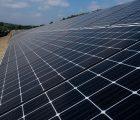 Le ministère des Armées mettra à disposition, d'ici la fin de l'année 2022, 2 000 hectares de terrains pour y développer des projets de production d'électricité d'origine photovoltaïque.