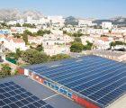 Gymnase avec toiture photovoltaïque. 111 kWc. Marseille, 8ème © Samuel Duplaix