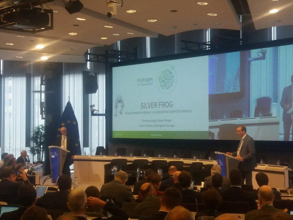 Silver Frog, où comment produire de l'hydrogène vert grâce à une usine de 2 GW de PV en Europe