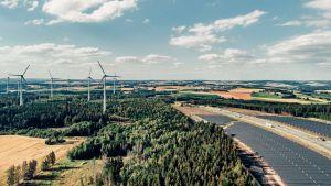 BayWa r.e. met en service un parc solaire raccordé à un parc éolien existant
