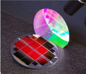 Cellule solaire en matériaux III-V sur silicium : le rendement atteint 35,9%