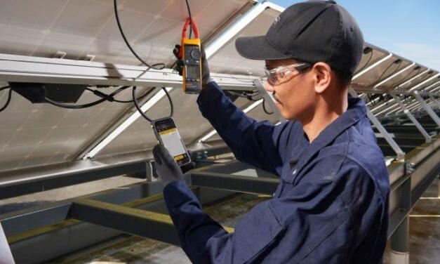 Pinces multimètres pour installations solaires | Fluke