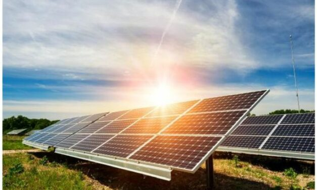 La BEI finance une centrale PV de 55 MW avec système hybride de stockage en Guyane