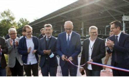 Photosol inaugure à Montluçon l'une des plus grandes ombrières photovoltaïques de France